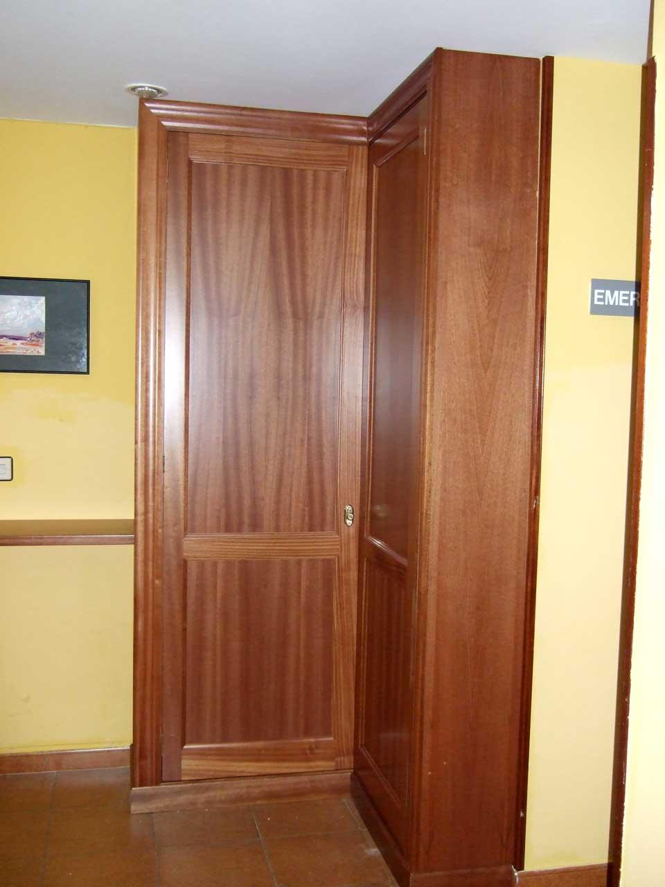 Armarios empotrados y muebles carpinteria francisco castro - Armarios de esquina a medida ...