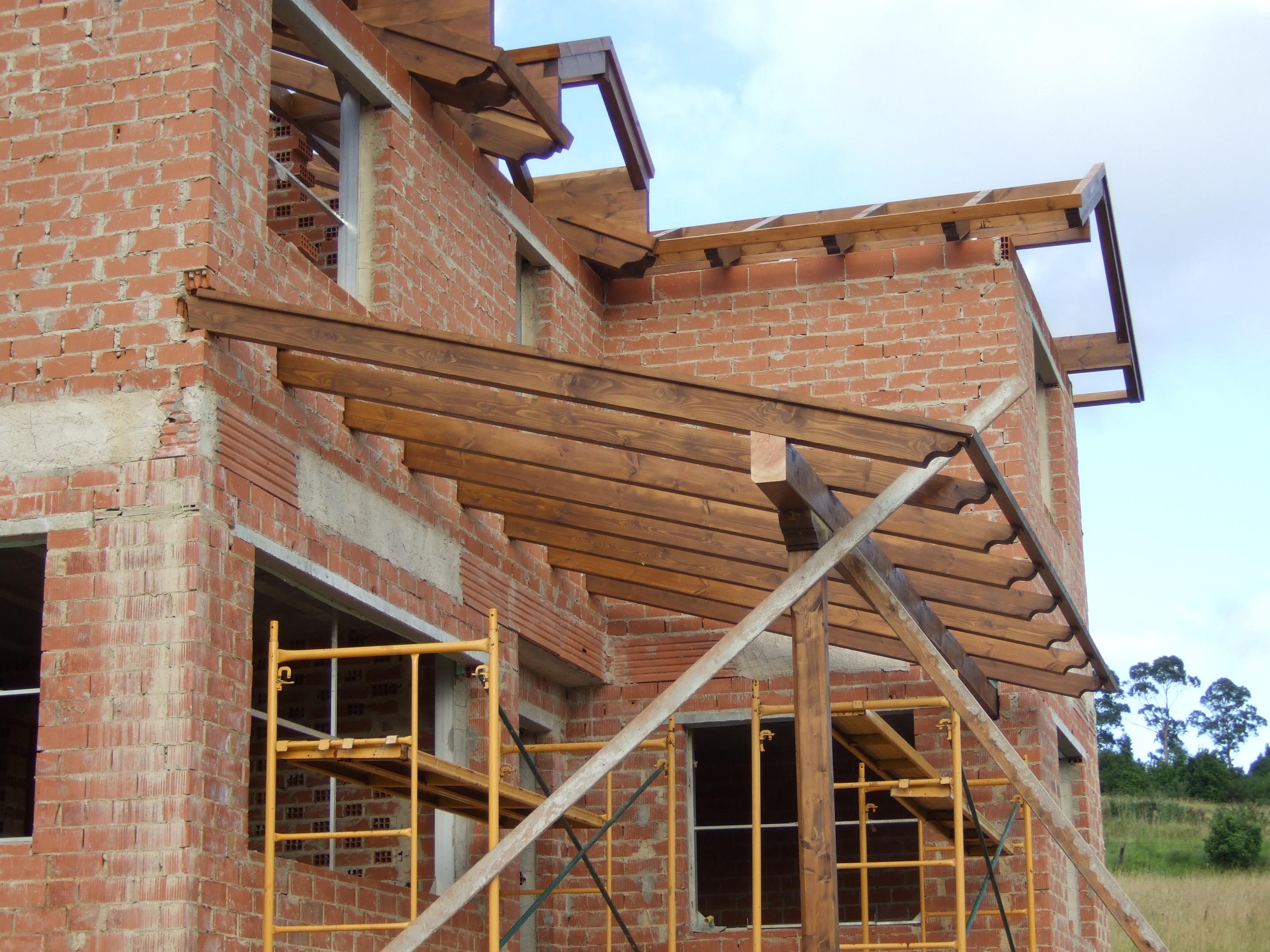 Porche de madera de Abeto laminado