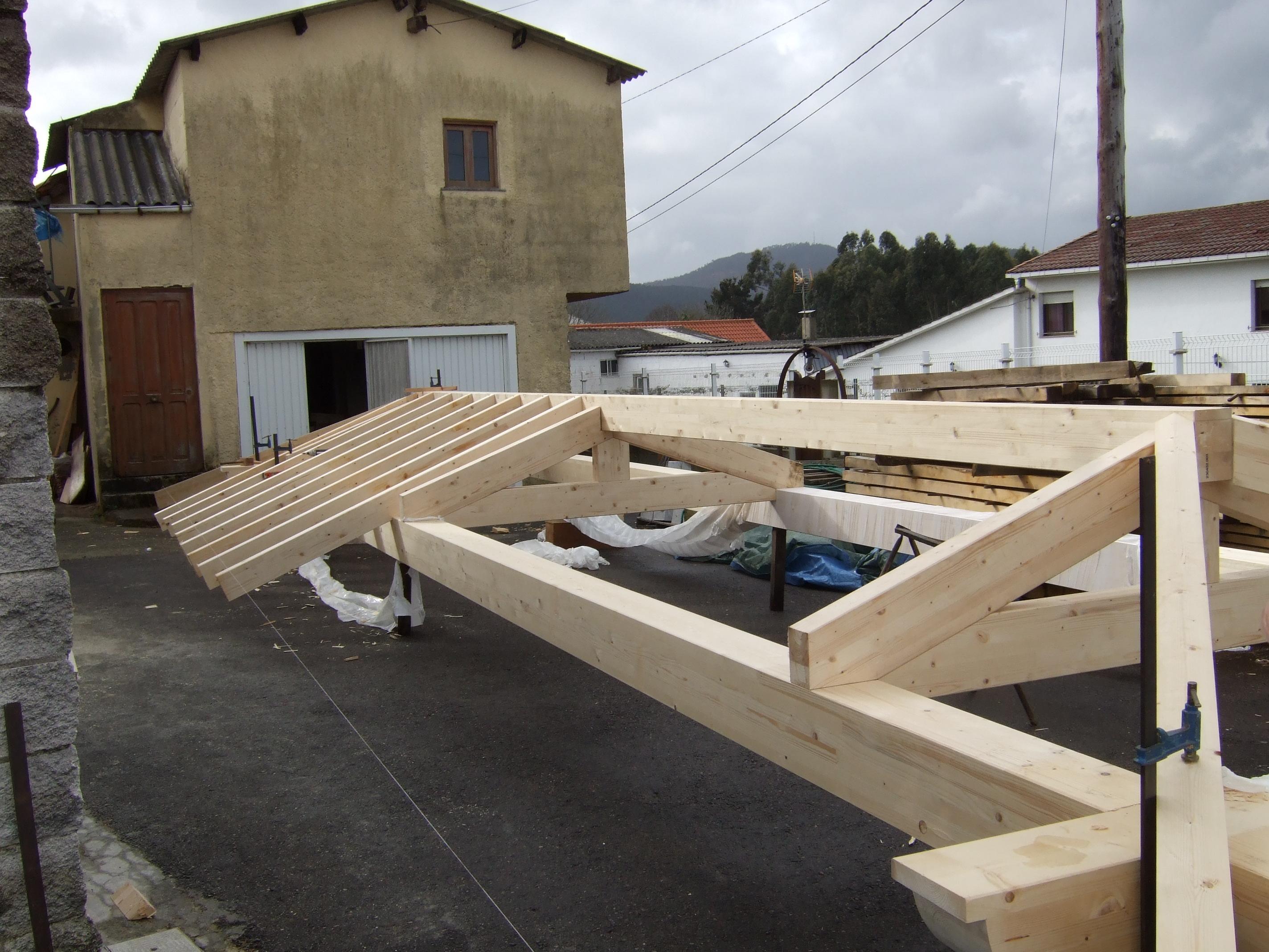 Estructura de tejado de Abeto laminado